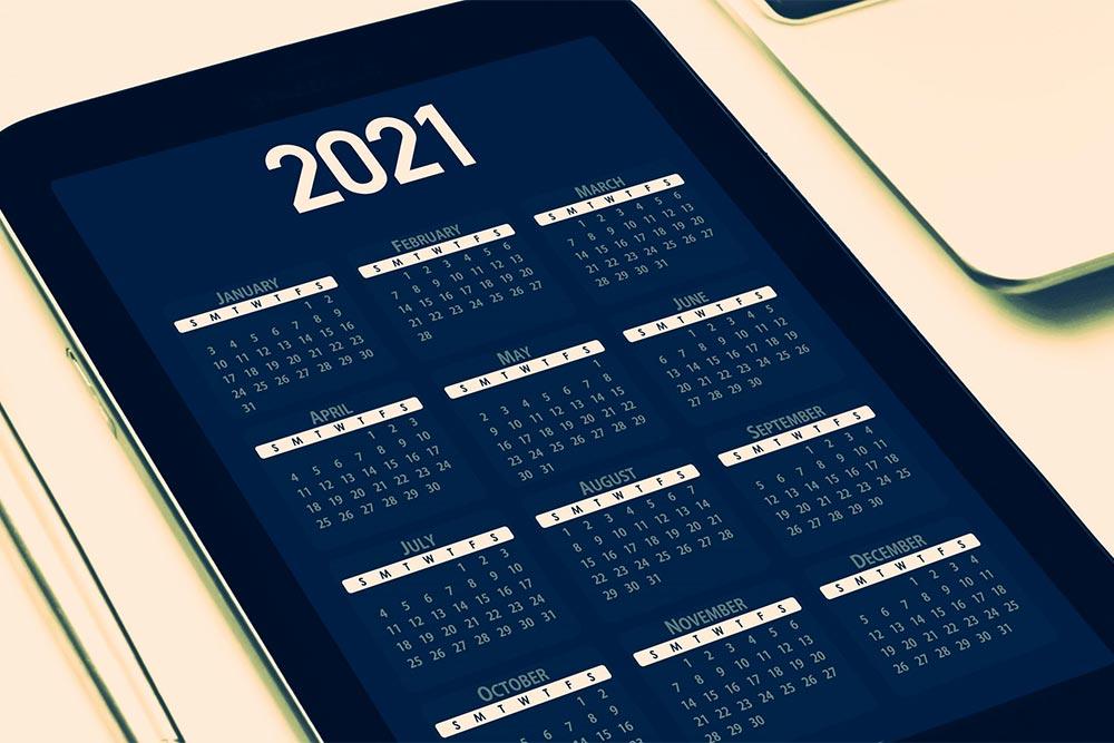 Kalendarz elektroniczny z rokiem 2021